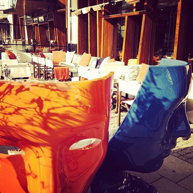 11.30 smygöppnar vi vår uteservering. Kom och njut av en lunch i solen. Varmt välkomna! @avalon_gbg #avalon_gbg @designhotels #göteborg