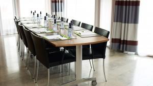 Meet&Eat_styrelsesittning