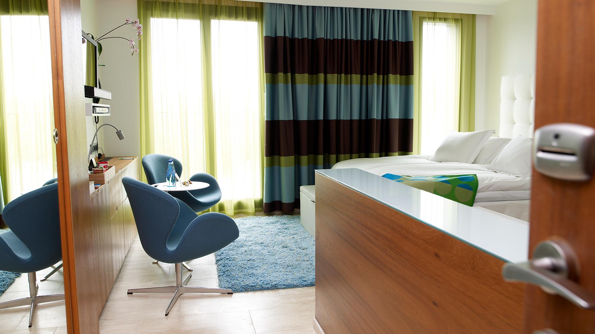 Superior Open Bath   Superior. SUPERIOR   Avalon Hotel