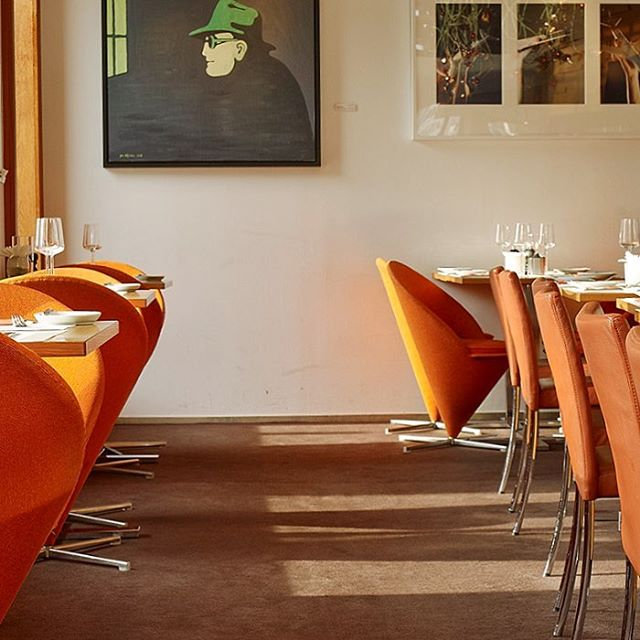 Planerar ni att äta ute på lördag? Vi har platser kvar för middag i vår restaurang. Boka på 031-751 02 36 eller på vår hemsida avalon.se. Välkomna! #avalonhotel #hotelavalon #avalon #avalon_gbg #göteborg #gothenburg #designhotel #hotelgothenburg #gothenburghotel #gbg #madebyoriginals #storstadsliv #haveagreatday #nordichotels #nordichotelsandresorts #neveraverage