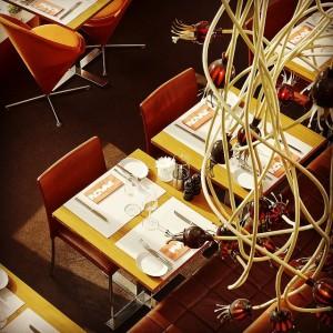 Saknar ni middagsplaner för kvällen? Besök vår hemsida redan nu och boka bord för vår restaurang! www.avalonhotel.se @avalonhotel @design_hotels
