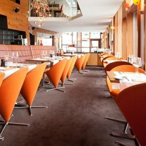 Vad gör ni till helgen? Vi har fullbokat på hotellet men det finns bord kvar i restaurangen! Ring och boka nu 031-7510236. Är ni intresserade av att kolla på menyn gå in på våran hemsida www.avalonhotel.se @avalonhotel @design_hotels