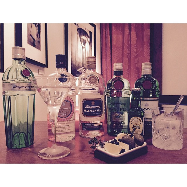 Fancy a Dry Martini or a Gin&Tonic. We have the best and most versatile brand as our house gin. #diageo #tanqueray #avalon #avalonhotel #designhotels #diageosweden #fentiemans @andersmollerod @stefanclareite